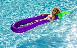 Eggplant Lounge Float