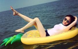 Pineapple Pool Float